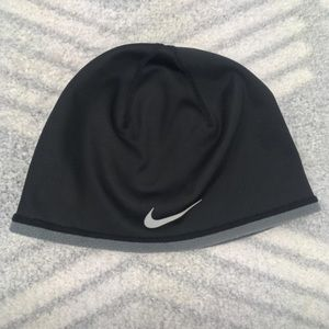 NIKE Therma Fit Performance Beanie